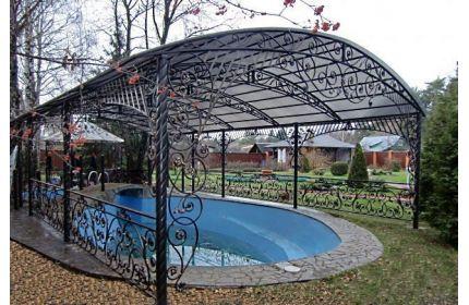 Кованый навес арочный над бассейном