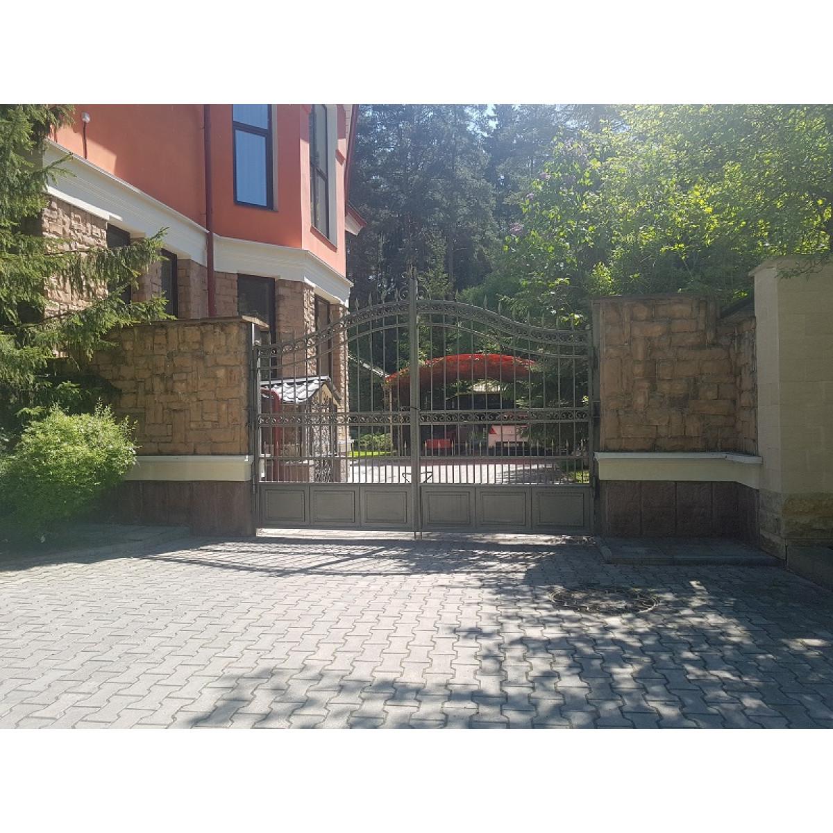 Ворота распашные решетчатые ажурные