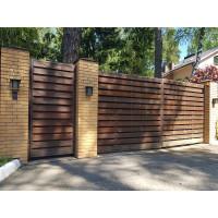 Распашные деревянные ворота с автоматикой