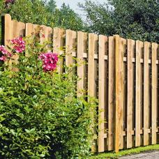 Деревянный забор.