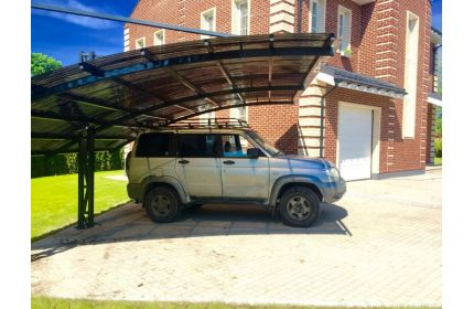Консольный навес для отдыха во дворе или для автомобиля