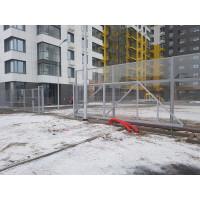 Забор с монолитным поликарбонатом