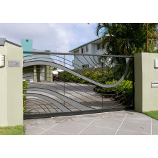 Декоративные откатные ворота 2