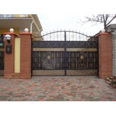 Декоративные распашные ворота